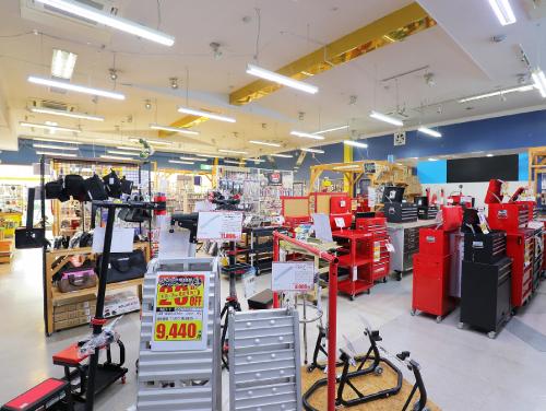 アストロプロダクツ桶川店店舗画像02